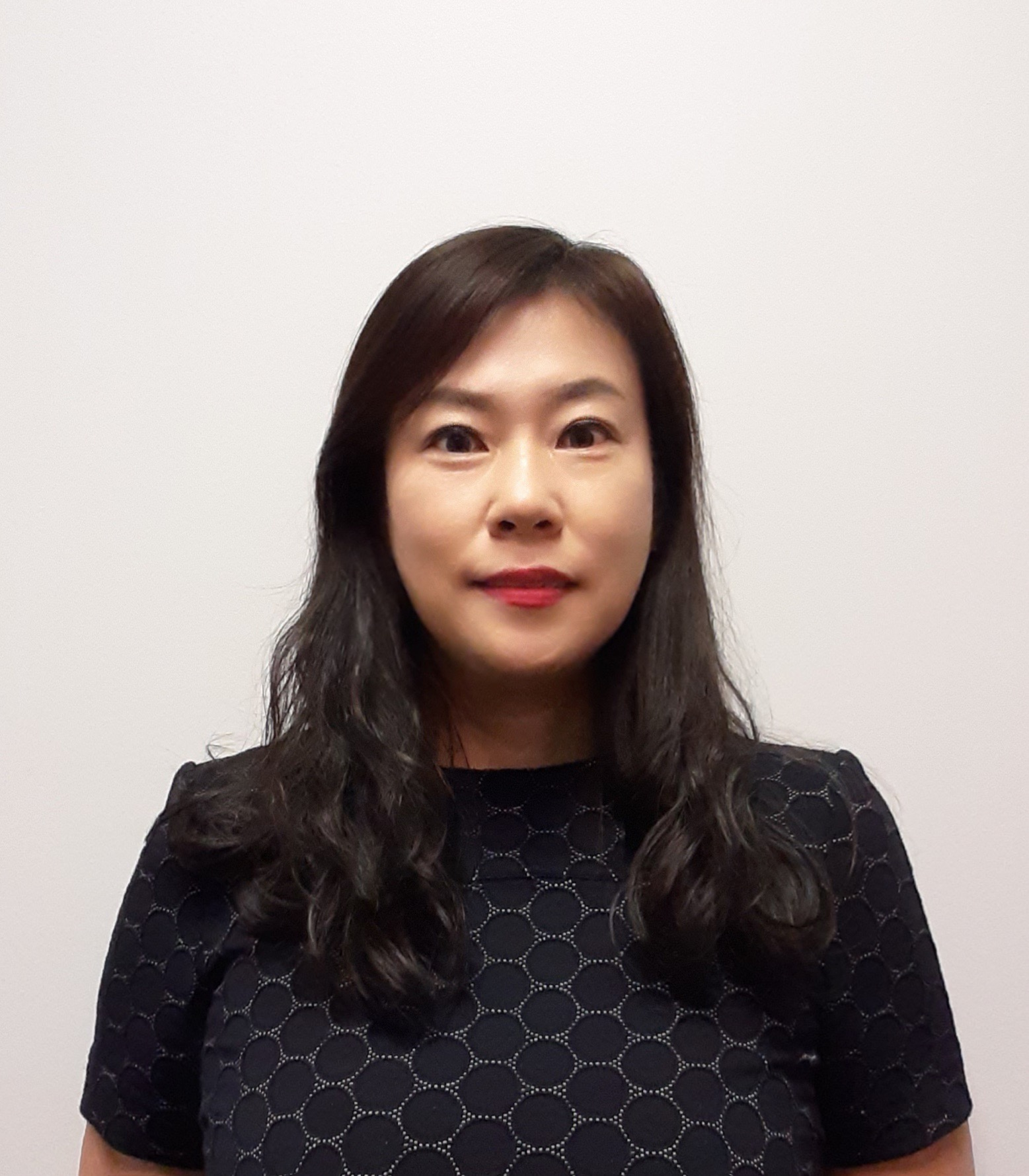 Naomi Ahn
